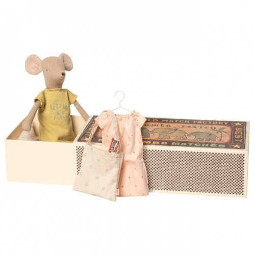 Maileg Medium Mouse In Box - Girl Sleep-Over Set